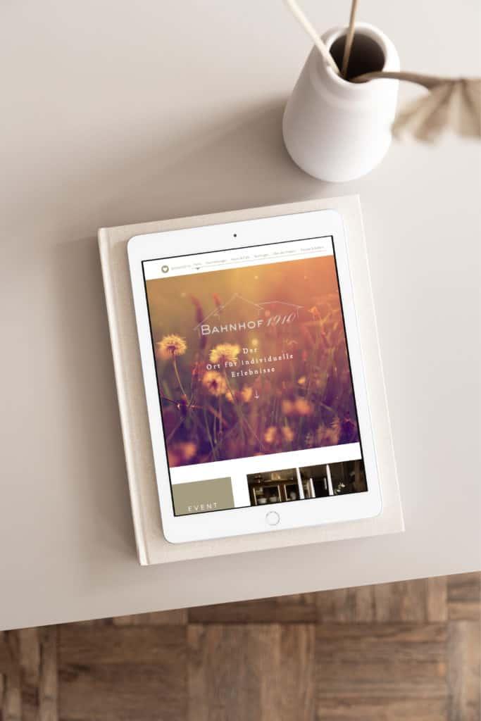 Website für Hochzeitslocation Tablet Ansicht